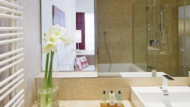 Doppelzimmer Premium mit Panoramablick: Bild 5