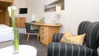 Doppelzimmer Superior Parkseite im Haus 1 oder Haus 2 (19 m²): Bild 5