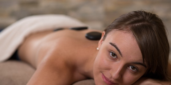 Was ist eine Hot-Stone Massage?
