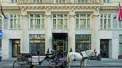 Modernes Design im Steigenberger Hotel Herrenhof: Bild 7