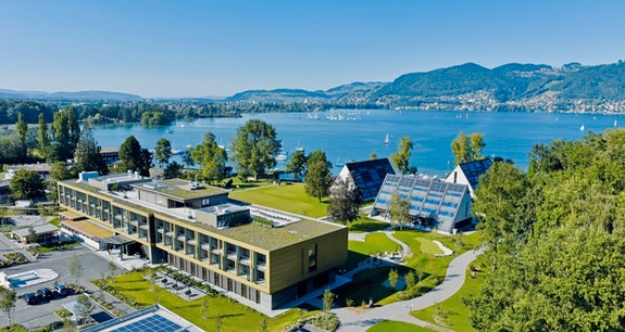 ****Superior Deltapark Vitalresort in Gwatt bei Thun, direkt am See der DeltaSpa