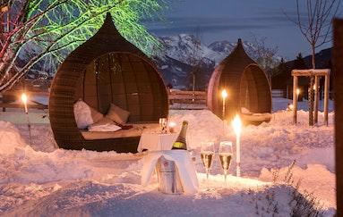 Wilder Luxus im Holzhotel