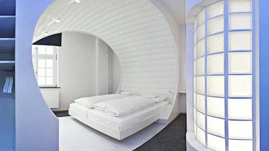 Das V8-HOTEL wird Sie überraschen!: Bild 6