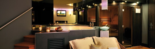 Privat Spa mit Jacuzzi und Sauna