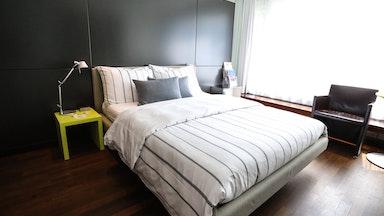 Design Room mit Seesicht & Balkon: Bild 1
