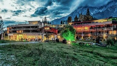 Holzhotel Forsthofalm: Bild 2