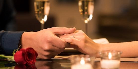 Romantische Candle-Light Dinner