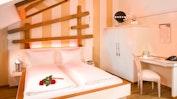 Japanischer Romantik-Wellroom mit Partnerbadewanne: Bild 2