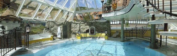 Burghotel mit Therme