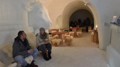 Nachtessen im Iglu Dorf: Bild 9