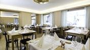 Abendessen im hoteleigenen Restaurant: Bild 6