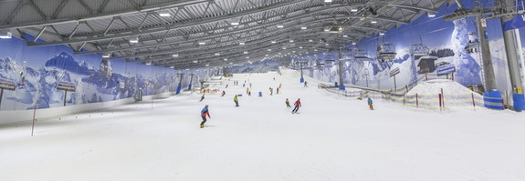 Pistenspaß in der Skihalle
