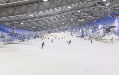 Pistenspaß in der Skihalle