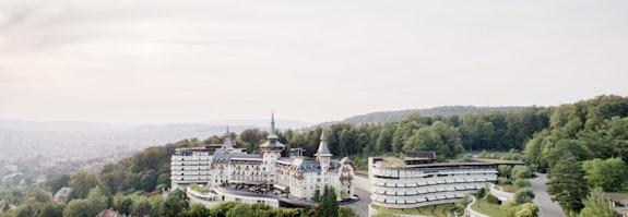 Dolder Grand über Zürich