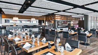 Abendessen in einem Restaurant der Marina Lachen: Bild 14