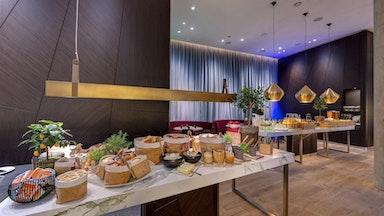 Kreativ-Küche in stylishem Dekor: Bild 17