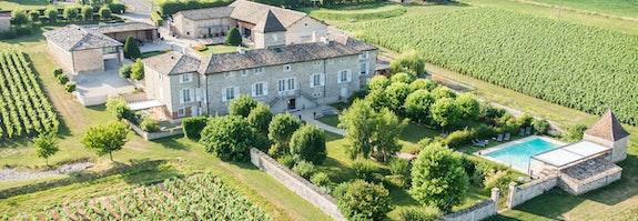 Château & Vignoble de la Bourgogne