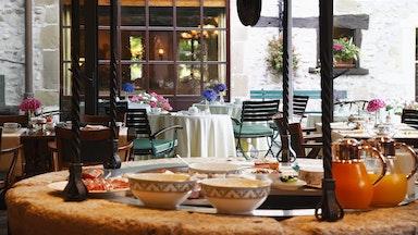Exquisite Küche im Herzen des Mauerwerks: Bild 12