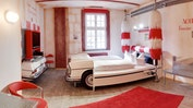 Das V8-HOTEL wird Sie überraschen!: Bild 3
