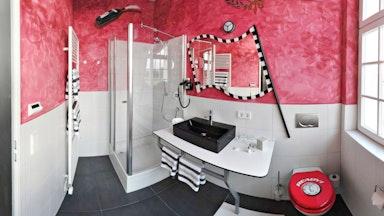 Das V8-HOTEL wird Sie überraschen!: Bild 4