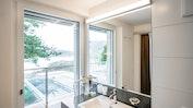 Doppelzimmer mit Seesicht und Balkon: Bild 5