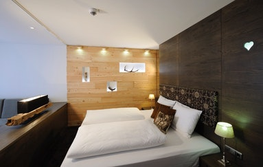 romantisches wochenende zu zweit weekend4two. Black Bedroom Furniture Sets. Home Design Ideas