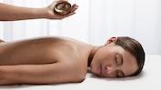Entspannende Rückenmassage: Bild 18