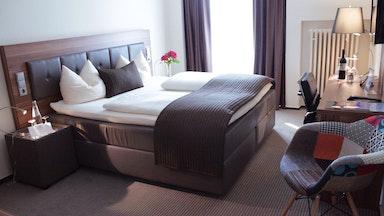 Comfort Doppelzimmer (neu möbeliert/renoviert): Bild 1