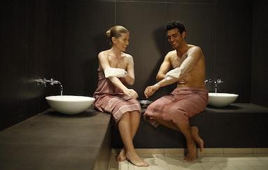 Hamam mit Häppchen, Cüpli & Massage